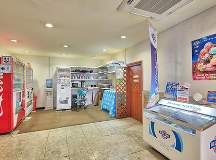 ブルーシールアイスクリーム、セルフコーナー、自販機